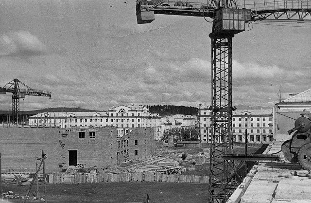 """Строительство """"Современника""""-2"""